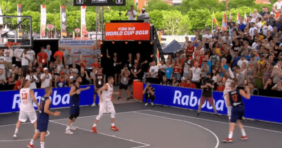 Jeden kosz, ośmiu zawodników, dziesięć minut. Koszykówka 3×3 podbija świat