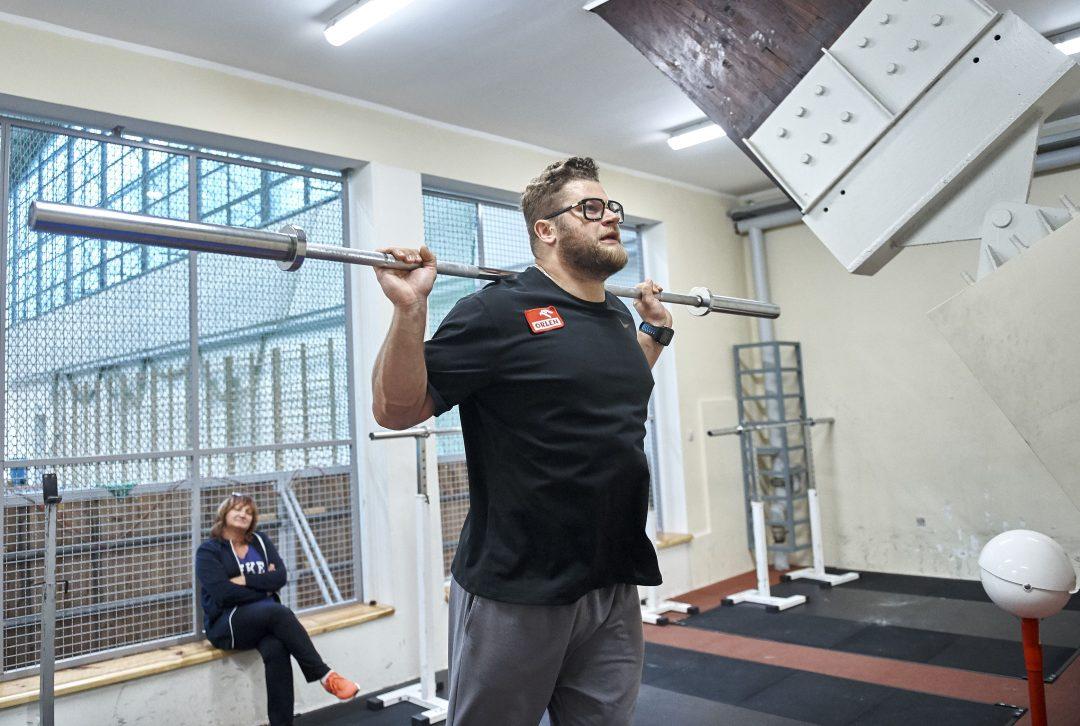 Odmrażanie lekkiej atletyki w skali mikro