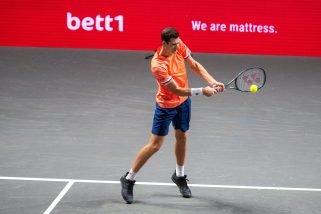 Dobry początek Hurkacza w Wiedniu. Djokovic na horyzoncie?