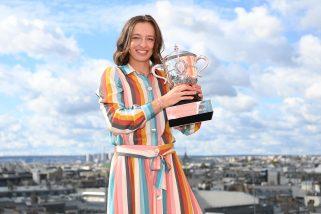 Iga Świątek doceniona. Dostała nagrody od WTA i fanów