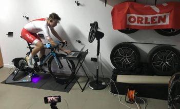 Wojciech Pszczolarski i e-kolarstwo. Jak Polak walczył o tytuł mistrza świata… na trenażerze
