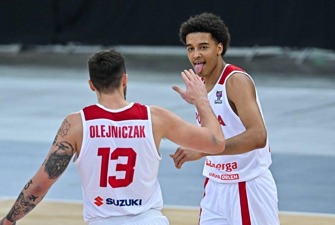 Młoda krew daje radę! Kapitalny debiut Sochana i wygrana koszykarzy z Rumunią