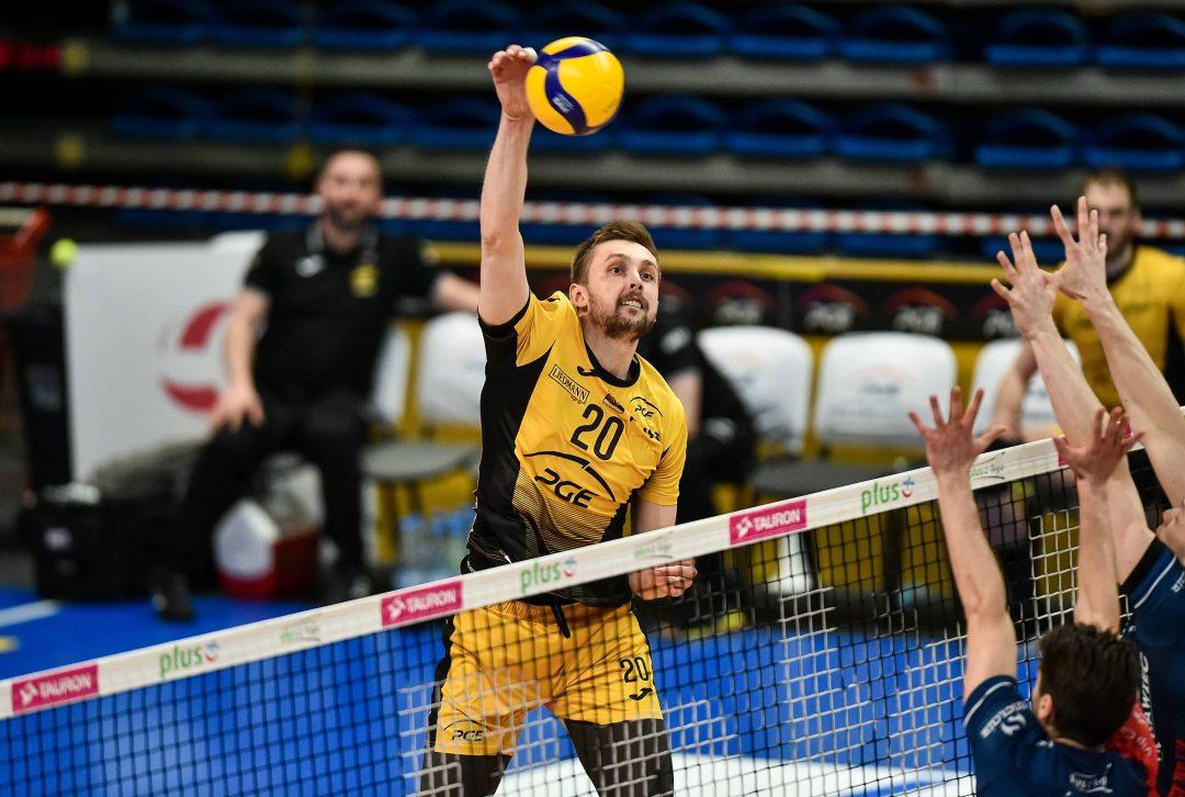 Jastrzębski Węgiel w finale PlusLigi, Skra i ZAKSA zagrają trzeci mecz