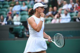 Polski dzień na Wimbledonie – Świątek i Linette grają dalej