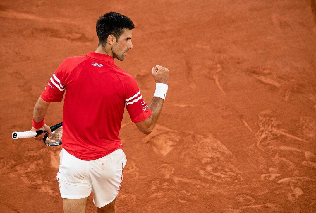 Sensacja! Nadal pokonany na Roland Garros. Djoković rozegrał genialny mecz