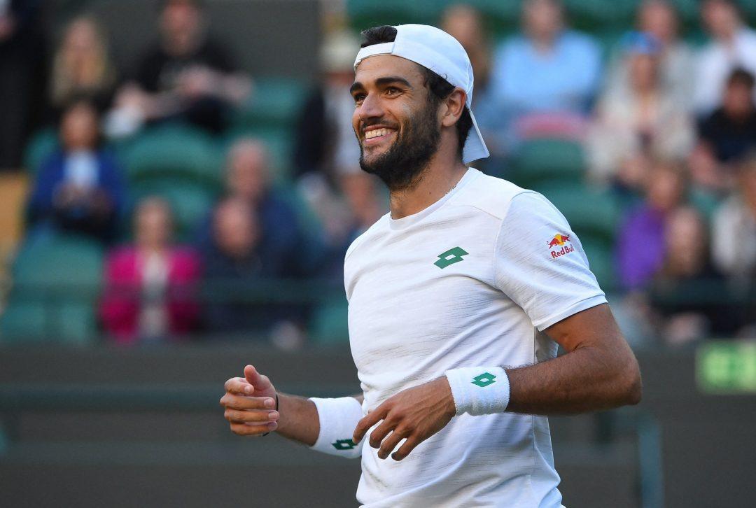 Słabe testy sprawnościowe, kontuzje i młodszy brat. Jak Matteo Berrettini doszedł do 1/2 Wimbledonu